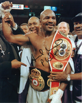 Evander Holyfield  -  an original autograph and not a copy. 10278
